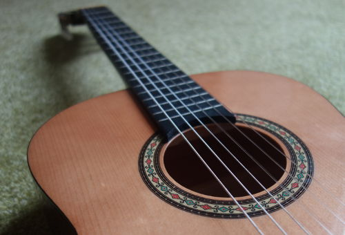 3/4 kids classical guitar
