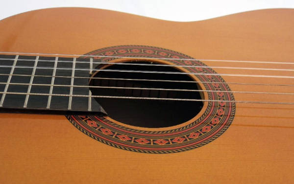 yamaha c40 nylon string guitar